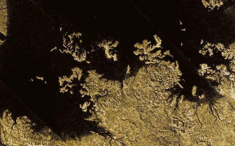 Five Strange Geological Structures In The Solar System